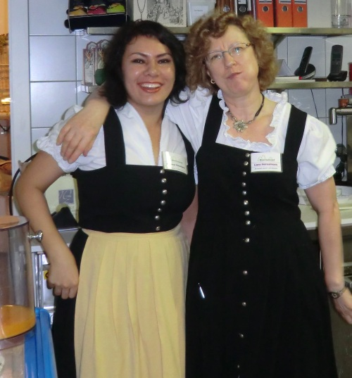 Akjemal und Frau Heinzelmann